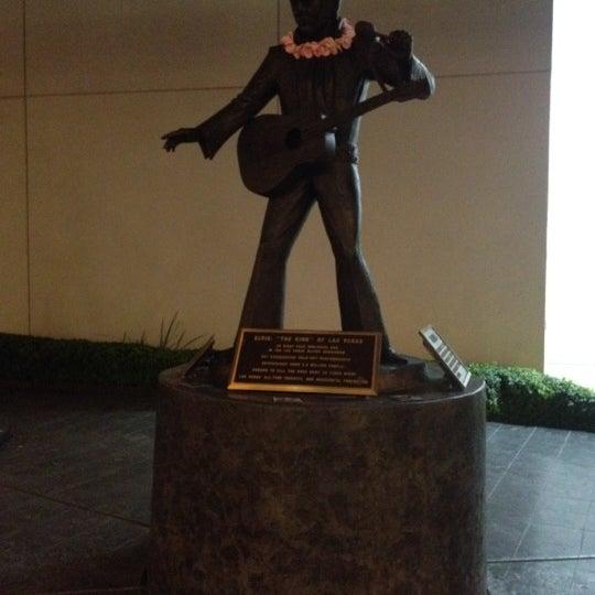 Снимок сделан в LVH - Las Vegas Hotel & Casino пользователем Tony H. 9/21/2012