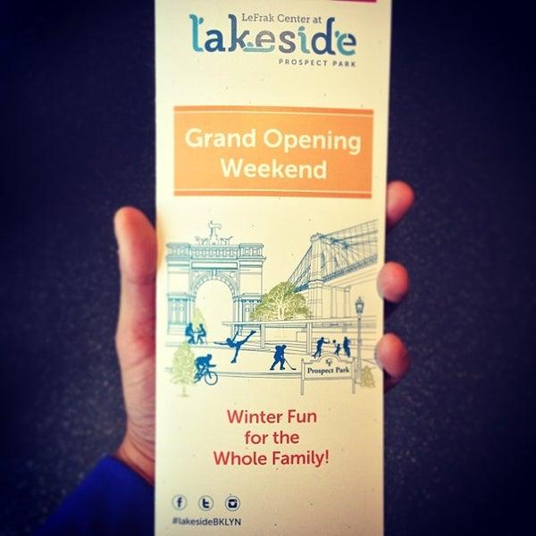 Das Foto wurde bei LeFrak Center at Lakeside von Daniel C. am 12/21/2013 aufgenommen