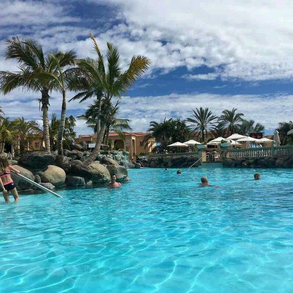 Fotos bei Swimming Pool Palm Oasis Maspalomas - Sonnenland ...