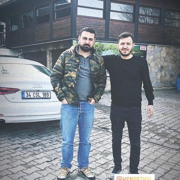 รูปภาพถ่ายที่ Cafer Usta Bolu Dağı Et Mangal โดย Efe G. เมื่อ 3/13/2020