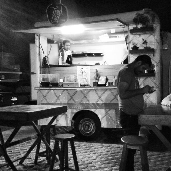 Das Foto wurde bei Truck Chef Urban Food von Humberto L. am 5/17/2014 aufgenommen