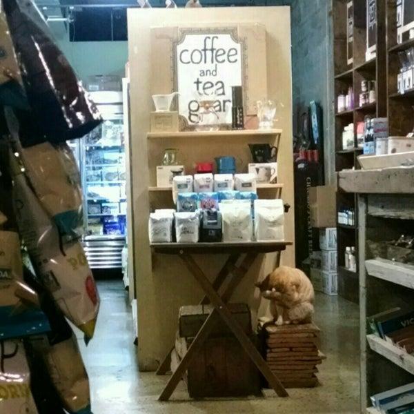 4/9/2016にSarahがNolita Mart & Espresso Barで撮った写真