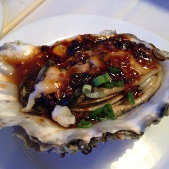 10/16/2012에 Reina Q.님이 Oriental Garden 福臨門海鮮酒家에서 찍은 사진