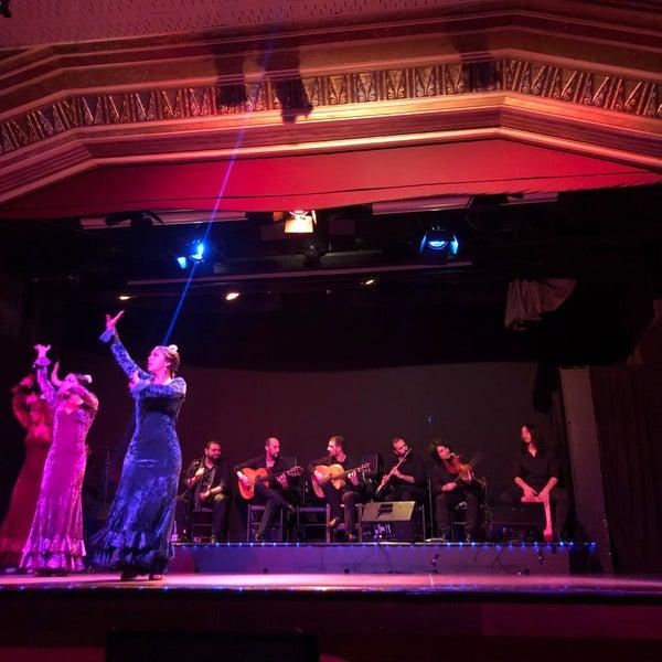 Foto diambil di Palacio del Flamenco oleh Hyt pada 11/22/2019