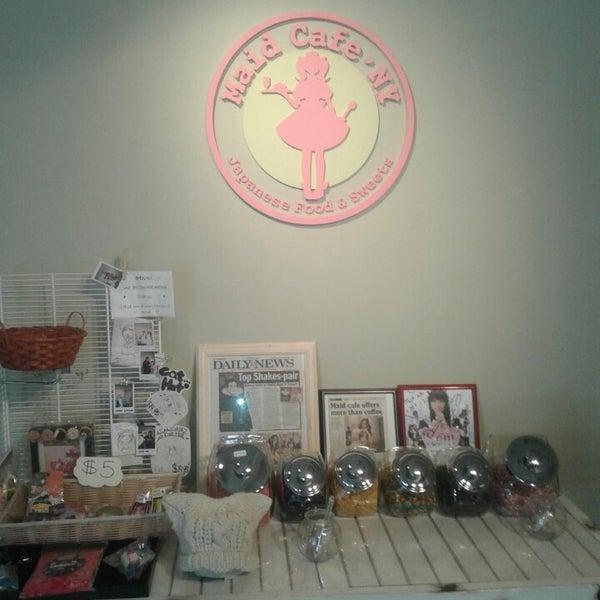 4/13/2014 tarihinde Robert R.ziyaretçi tarafından Maid Cafe NY'de çekilen fotoğraf
