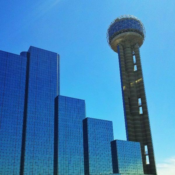 4/13/2013にReed W.がReunion Towerで撮った写真