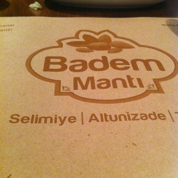 Das Foto wurde bei Badem Mantı von Alessio Çağrı D. am 3/26/2013 aufgenommen