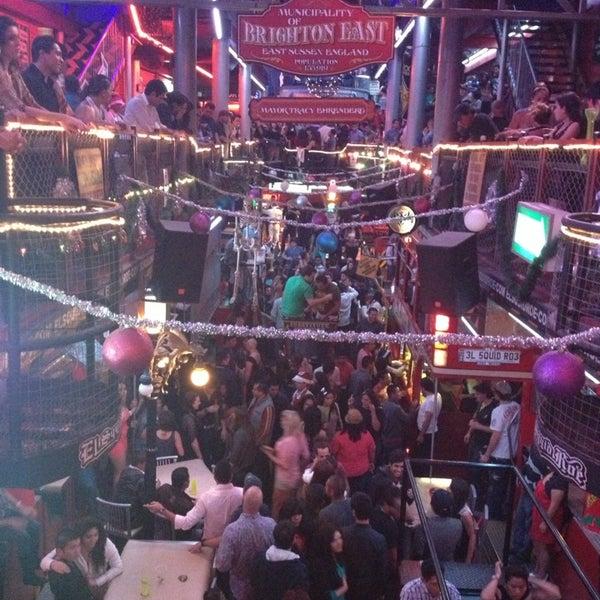 Foto scattata a El Squid Roe da Bere X. il 12/23/2012