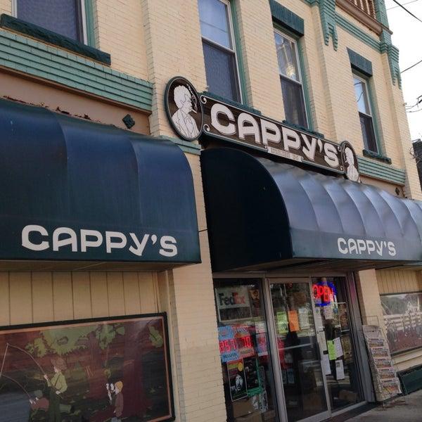 Photo prise au Cappy's par Justin B. le11/30/2013