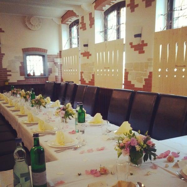 Das Foto wurde bei Restaurant Alazani von Restaurant Alazani am 11/12/2013 aufgenommen