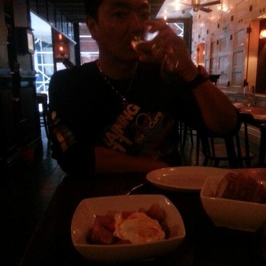 Снимок сделан в Socarrat Paella Bar - Nolita пользователем Ang J. 9/17/2012