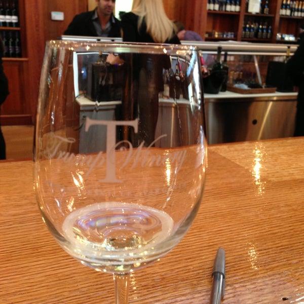 Photo prise au Trump Winery par Stephanie E. le2/17/2013