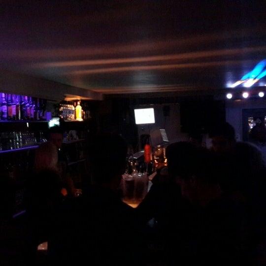 Foto tomada en Le Ghost Pub : Music Bar por Vane Z. el 12/27/2014