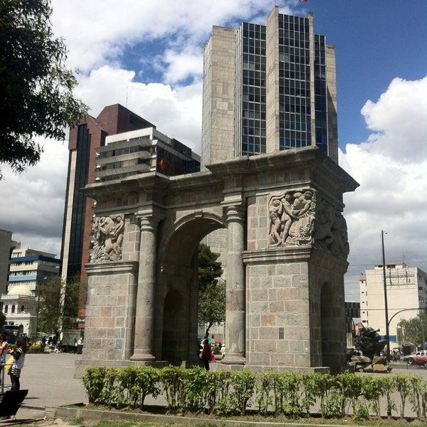 Foto diambil di Parque El Ejido oleh Carlota F. pada 12/2/2014