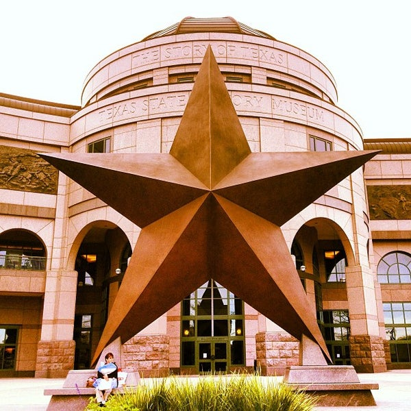 3/6/2013 tarihinde Fabrizio C.ziyaretçi tarafından Bullock Texas State History Museum'de çekilen fotoğraf