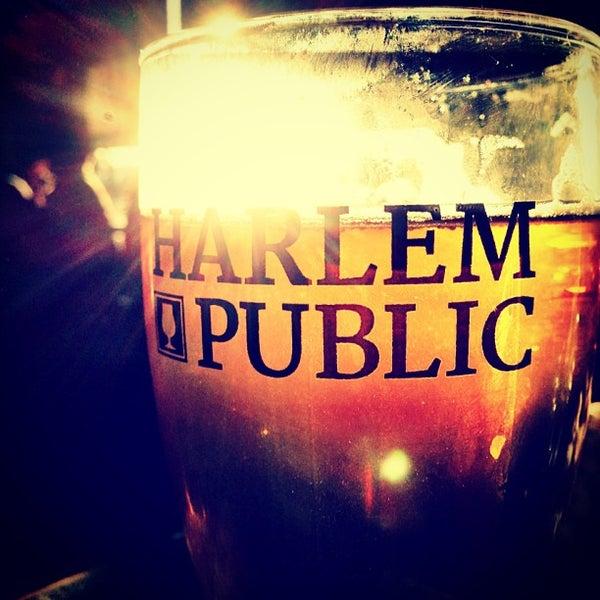 รูปภาพถ่ายที่ Harlem Public โดย Chris B. เมื่อ 2/18/2013