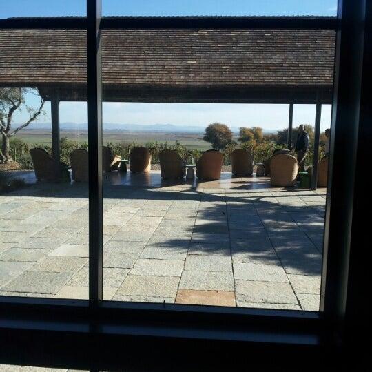 รูปภาพถ่ายที่ Ram's Gate Winery โดย AJ G. เมื่อ 11/14/2012