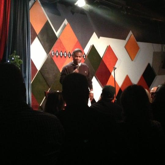 Foto tirada no(a) Carolines on Broadway por Jamal P. em 11/25/2012