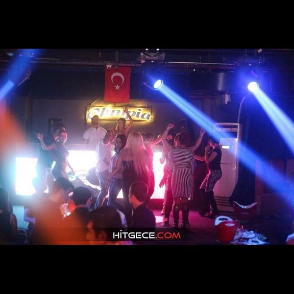 รูปภาพถ่ายที่ Olimpia V.I.P Club โดย Yaşar T. เมื่อ 11/1/2017