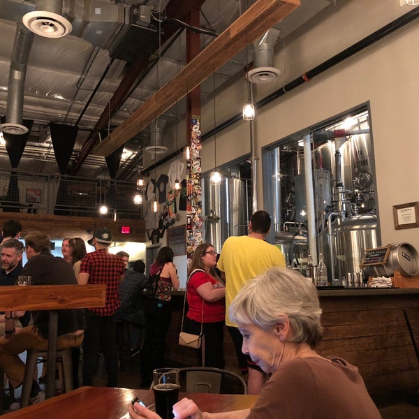 5/13/2018에 Connie M.님이 Caboose Brewing Company에서 찍은 사진