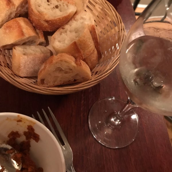 Monsieur Matthieu Wine Bar In Saint Ambroise