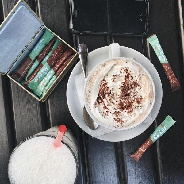 รูปภาพถ่ายที่ Café Bon Apрétit โดย Anastasia K. เมื่อ 7/13/2015