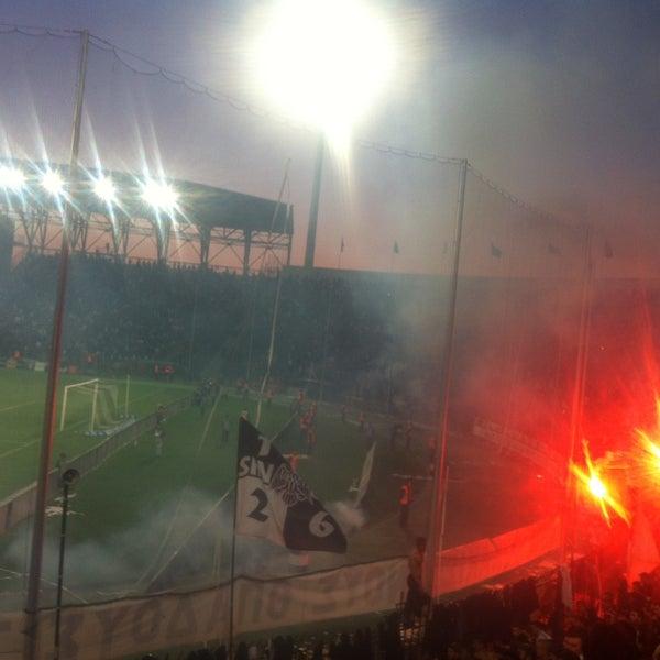 Foto tomada en Toumba Stadium por Alexandros G. el 4/17/2013