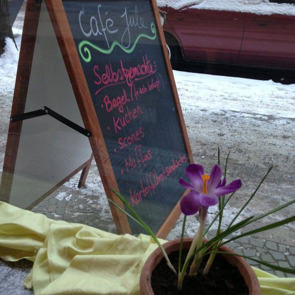 Photo taken at Café Jule by Detlef R. on 3/12/2013