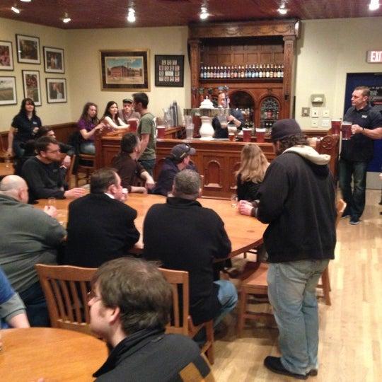 Photo prise au Samuel Adams Brewery par Calamity J. le3/2/2013