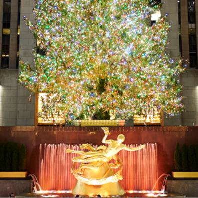 Das Foto wurde bei The Rink at Rockefeller Center von The Rink at Rockefeller Center am 7/18/2019 aufgenommen