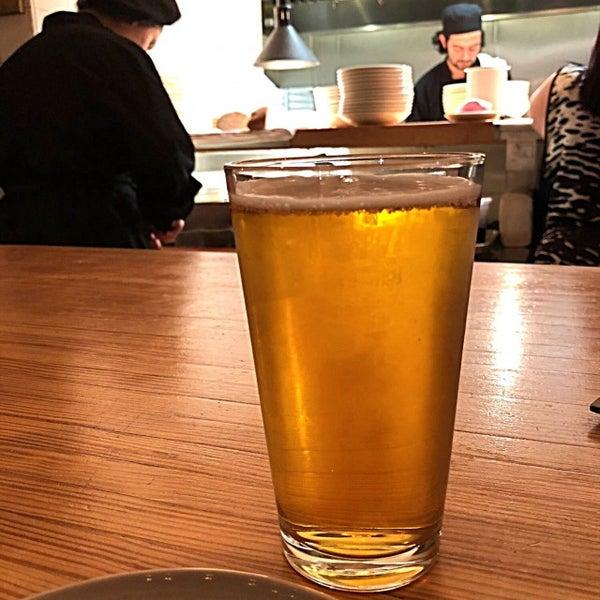 Снимок сделан в Braise Restaurant & Culinary School пользователем Beer R. 10/6/2017