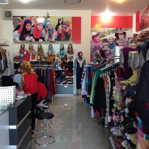 Photos At Zahira Moslem Corner Boutique