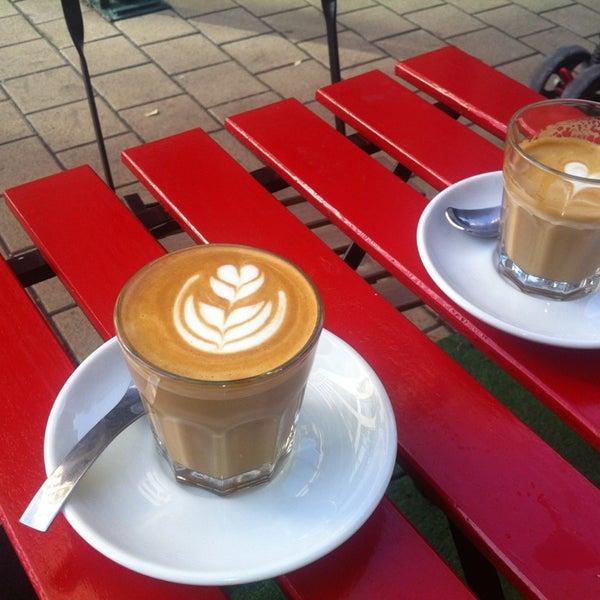 10/29/2013에 Rita T.님이 Tamp & Pull Espresso Bar에서 찍은 사진