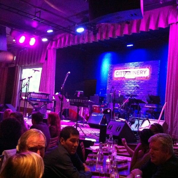 12/28/2012 tarihinde Linda A.ziyaretçi tarafından City Winery'de çekilen fotoğraf