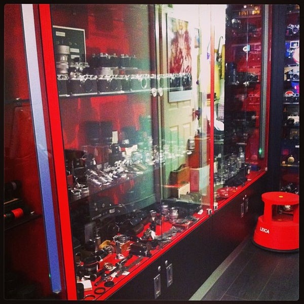 Red Dot Cameras (Now Closed) - Camera Store in Islington
