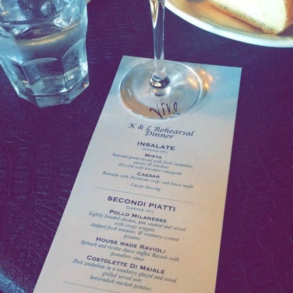 Foto diambil di Vivo Restaurant oleh carol g. pada 7/1/2016
