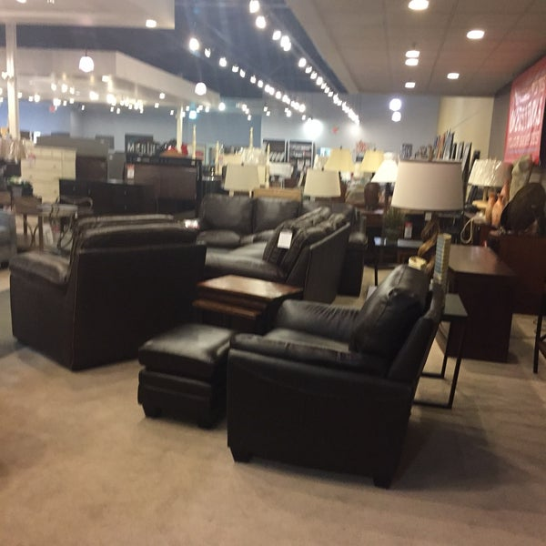 Photos At Kittle S Furniture Outlet