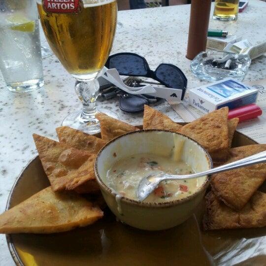 Foto tirada no(a) Tigin Irish Pub por Petar I. em 6/15/2012