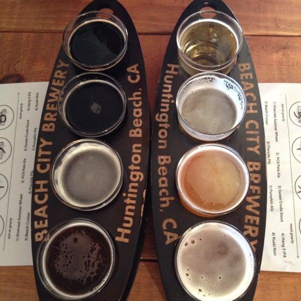 Foto tomada en Beach City Brewery por Jane N. el 9/22/2014