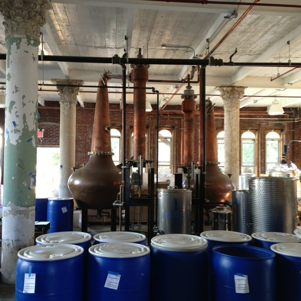Foto scattata a Kings County Distillery da Adam K. il 10/12/2013