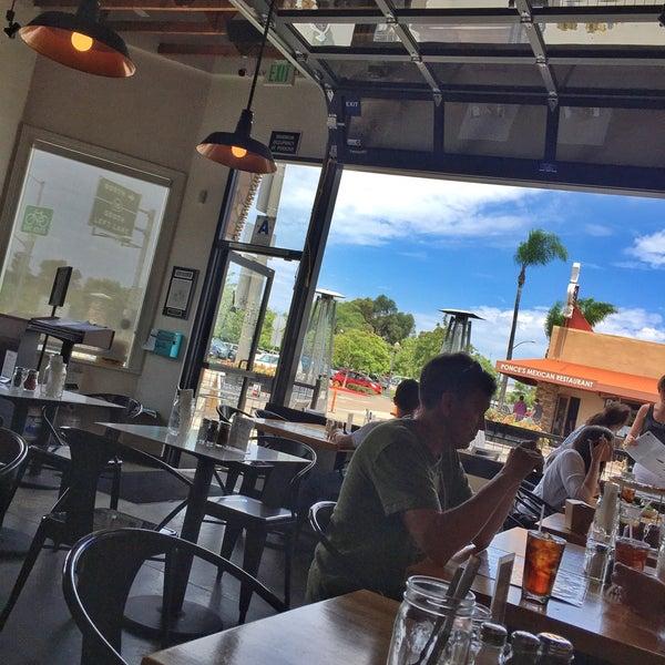 รูปภาพถ่ายที่ The Haven Pizzeria โดย Scott W. เมื่อ 8/6/2015