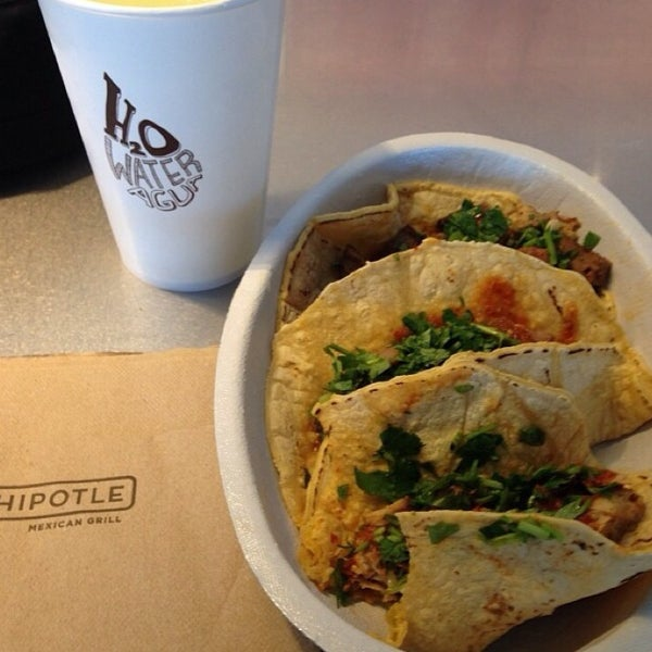 Chipotle Mexican Grill - Stony Point - 4 tips