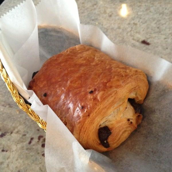 รูปภาพถ่ายที่ Croissanteria โดย Alexandra O. เมื่อ 3/30/2013