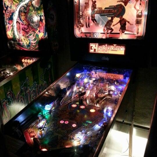 10/28/2012 tarihinde Diego A.ziyaretçi tarafından Rock 'n' Roll Burger'de çekilen fotoğraf