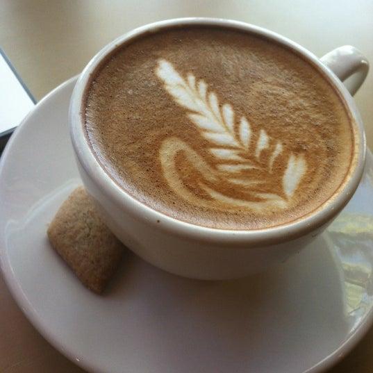 4/10/2012에 Megan B.님이 Peace Coffee Shop에서 찍은 사진