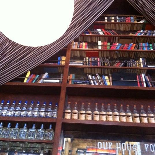 3/18/2012에 DAN C.님이 The Misfit Restaurant + Bar에서 찍은 사진