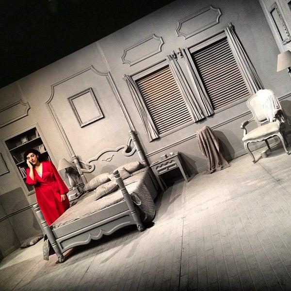 รูปภาพถ่ายที่ Foro Shakespeare โดย Pablo R. เมื่อ 6/21/2013