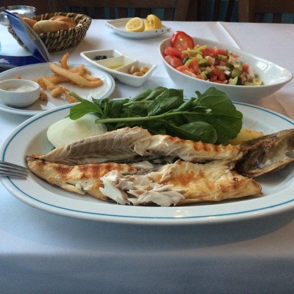 7/26/2015에 ‼️Cem⁉️님이 Cunda Balık Restaurant에서 찍은 사진