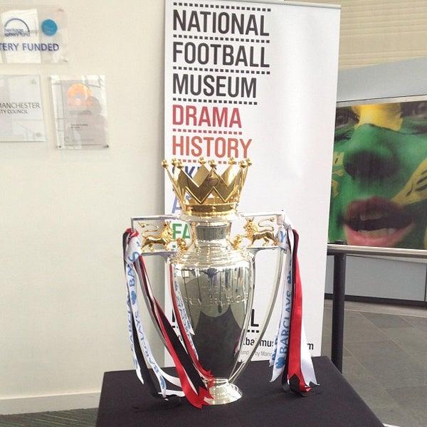 7/13/2013 tarihinde Francisco S.ziyaretçi tarafından National Football Museum'de çekilen fotoğraf