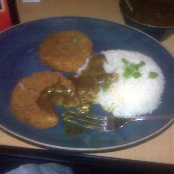 Foto tirada no(a) Hurry Curry of Tokyo por Ed L. em 4/21/2013
